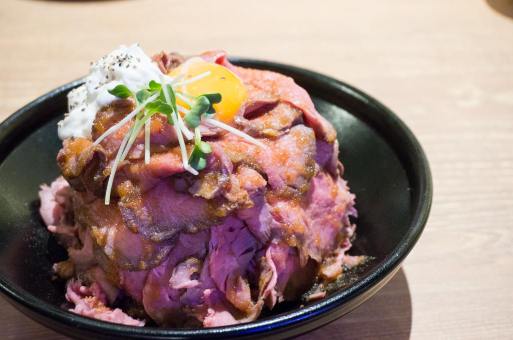 ローストビーフ丼銀座9