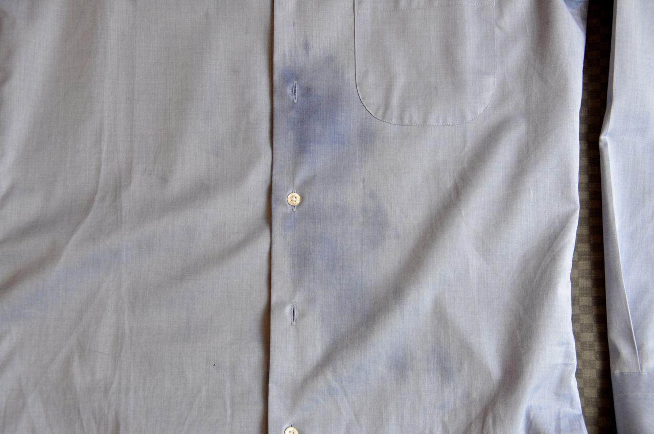 シャツ油汚れ0608