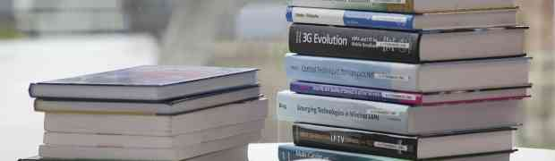 電子書籍リーダーとして、「Kindle Paperwhite」か「iPad mini Retinaディスプレイモデル」か。正直迷う。迷う。。。