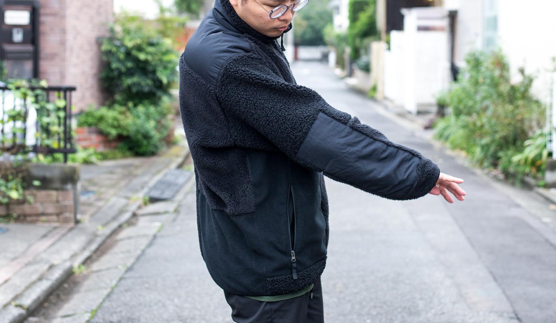 「ユニクロ エンジニアドガーメンツ」フリースコンビネーションジャケットのナイロン