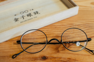 kaneko-glasses2-0