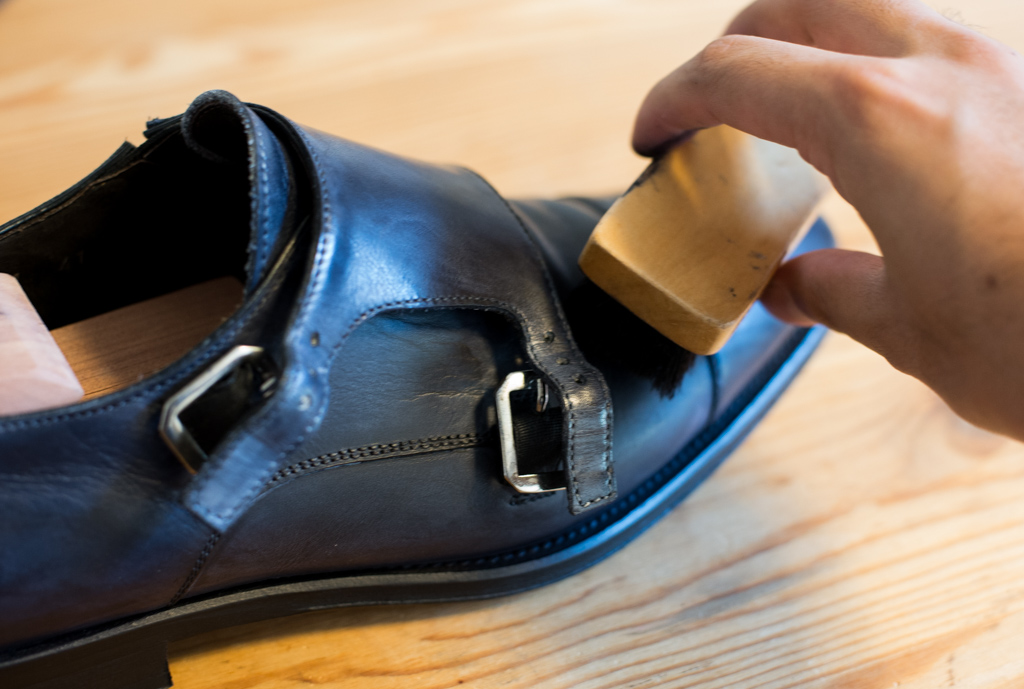 leather-shoes-maintenance-14