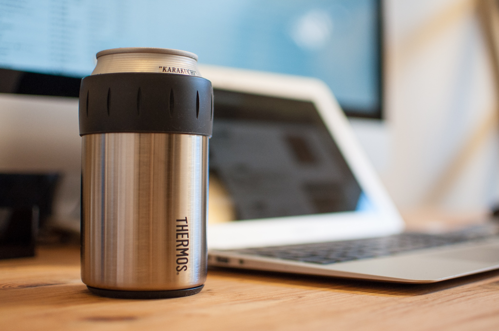 thermos-can-holder8