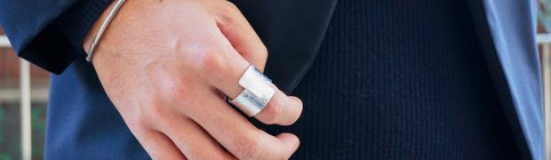 錫を使った指に巻く指輪「NAGAE+ TIN BREATH Ring 」がカッコイイ!付ける指を選ばないしとにかく良い!